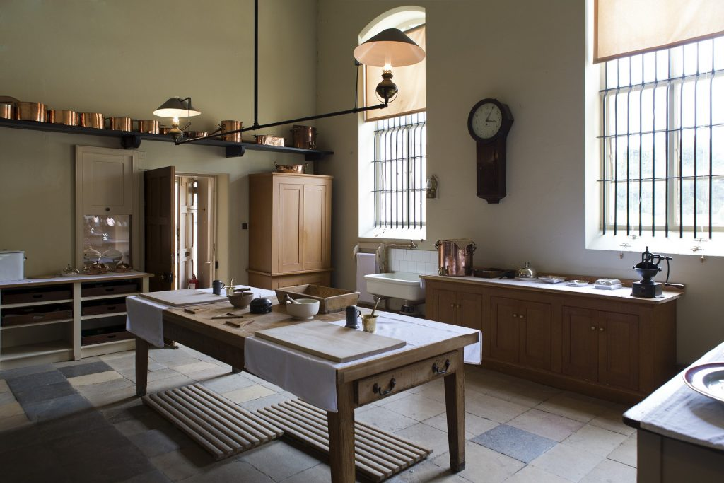Victorian kitchens in grand houses made use of wooden worktops.