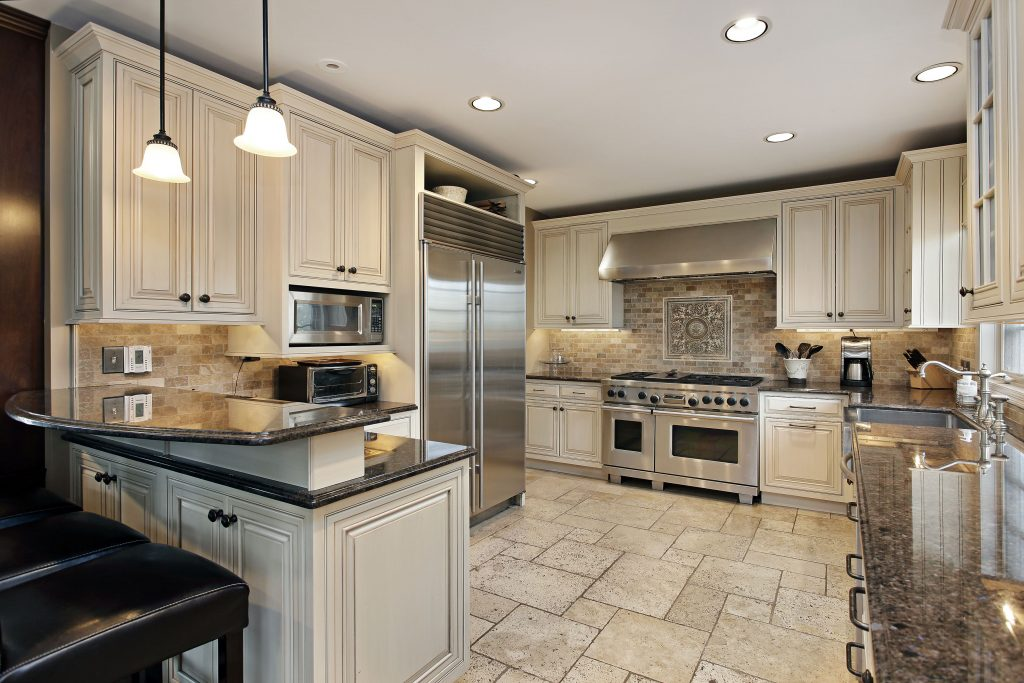 Tried and trusted designs are key to the modern style kitchen. & Modern kitchens | HCSupplies Help u0026 Ideas