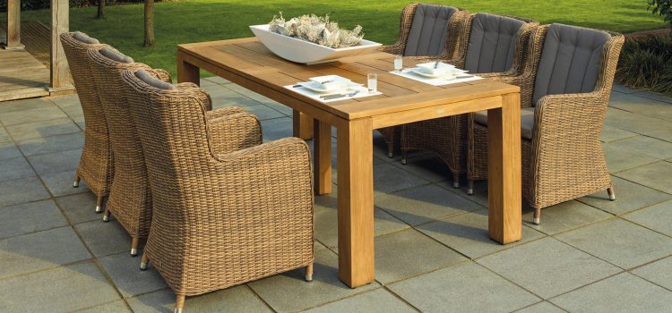 How to Create the Perfect Outdoor Dining Space