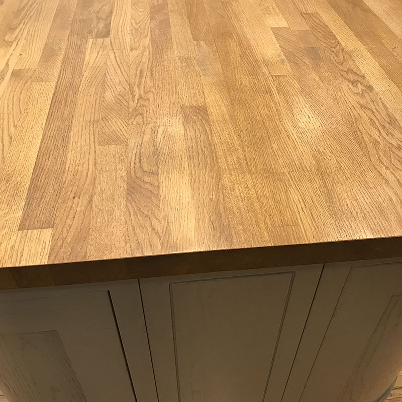 No.3 Best Selling Product In This Category: Solid Wood Oak Worktops